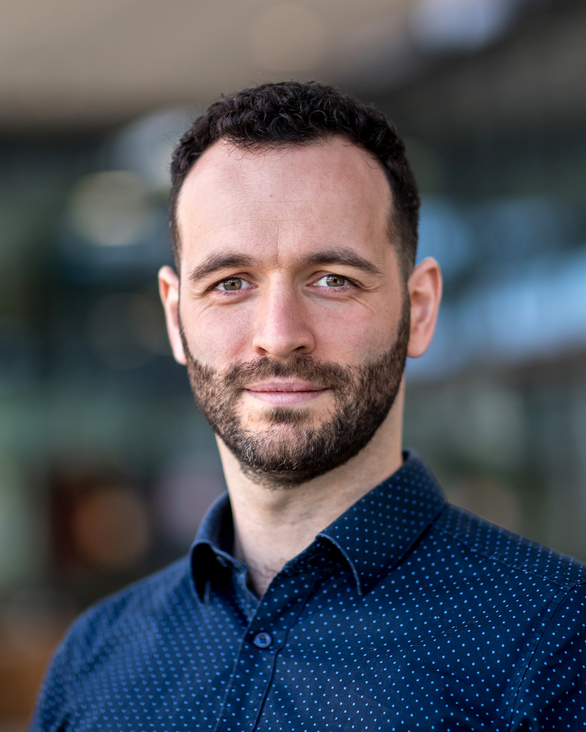 Kolumbán, Sándor: Improving inventory management using innovative …